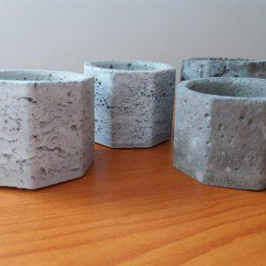 Kézműves beton gyertyatartó