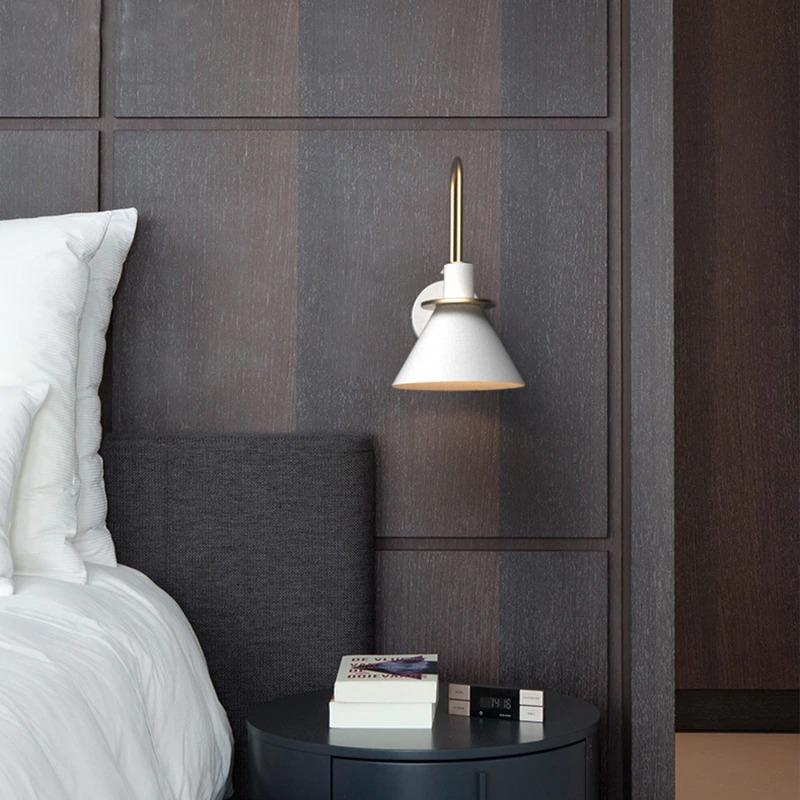Modern-minimalist-adjustable-wall-mounted-household-bedside-lighting-wall-decoration-bathroom-mirror