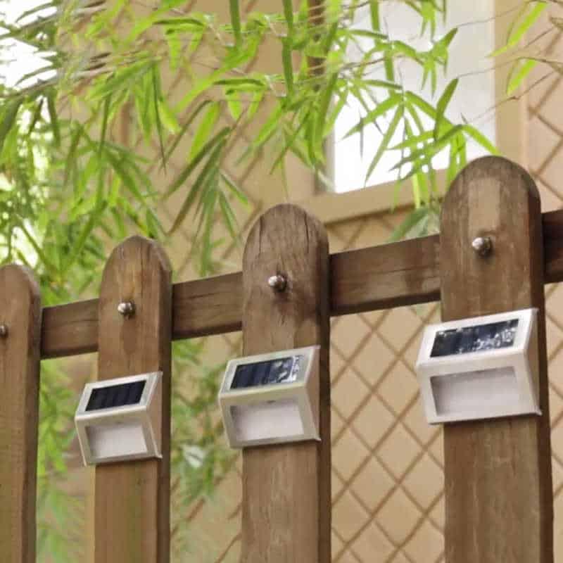 Steel kültéri napelemes LED lámpa kerítés 2